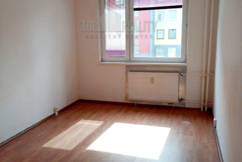 3-izbovy-byt-v-meste-sala-veca-d1-761-7619086_4